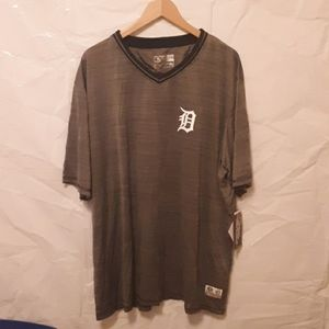 3XL Tigers Baseball V-Neck, Short Sleeve Shirt